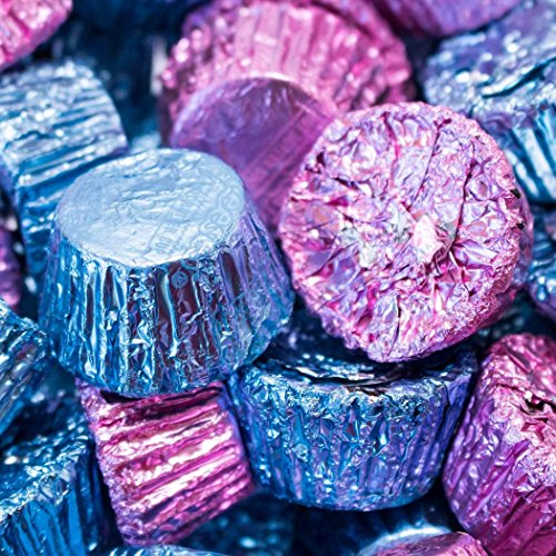 (Gender Reveal Reese's Peanut Butter Cups 1lb (Free Cold Pack) Light Blue & Pink)