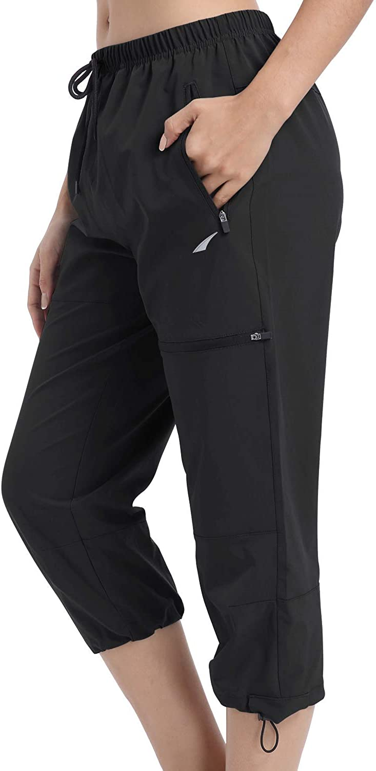 VAYAGER Women's Outdoor Hiking Capri Pants Loose-Fit Lightweight Cargo Pant with Zipper Pockets