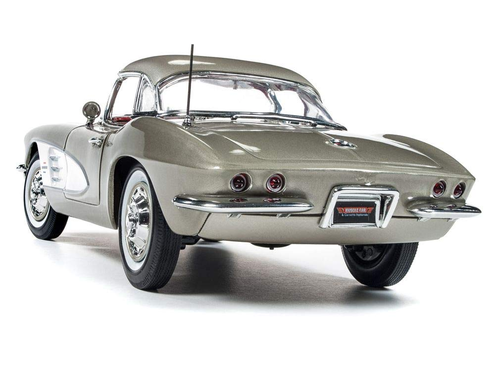 1961 Chevrolet Corvette Hard Top Fawn Beige Muscle Car & Corvette Nationals (MCACN) Limited Edition to 1002 Pieces Worldwide 1/18 Diecast Model Car by Autoworld AMM1151 by Auto World (Image #2)