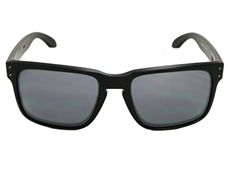 1d8ac77949 Oakley Holbrook OO9102-63 Matte Black Black Iridium Sunglasses   Amazon.co.uk  Clothing