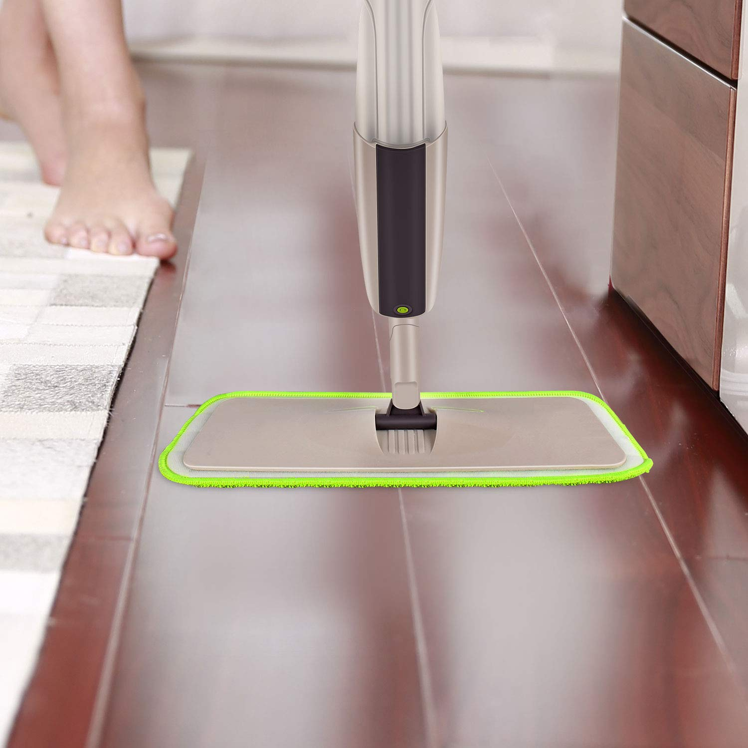 Hardwood Spray Mop for Floor Cleaning, CXhome Microfiber Mop for Tile Floors, Wet Dry Mop with Sprayer and 2 Mop Pads, 1 Refillable Bottle by CXhome (Image #4)