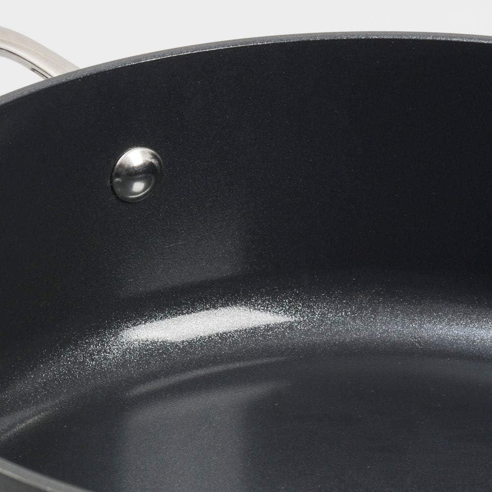 Avec Couvercle Verre Tremp/é 28cm // 6,1L Manche INOX Isolant Rev/êtement Antiadh/ésif C/éramique /& Titane Braisi/ère Marmite Faitout Bas ProCook Professional Ceramic