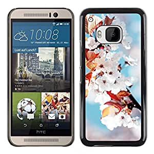 // PHONE CASE GIFT // Duro Estuche protector PC Cáscara Plástico Carcasa Funda Hard Protective Case for HTC One M9 / Flores blancas /