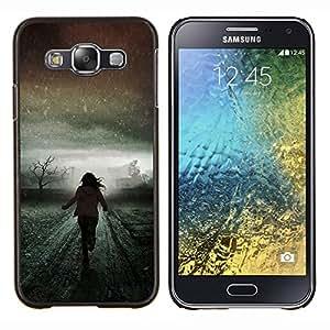 KLONGSHOP // Cubierta de piel con cierre a presión Shell trasero duro de goma Protección Caso - Invierno Luz Correr Significado Scary - Samsung Galaxy E5 E500 //