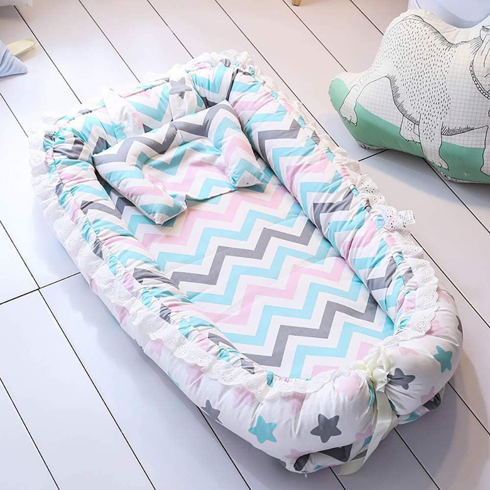 TEALP Multifunctional Baby Nest Newborn Lounger with Baby Quilt Soft Breathable /& Hypoallergenic Cotton 0-24M Colorful Star and Wave
