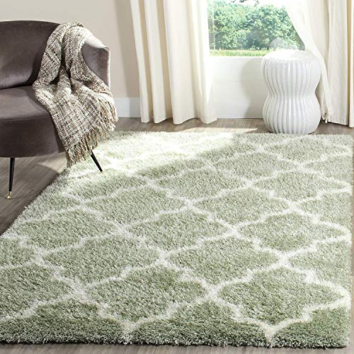 (Montreal Shag Collection SGM832S Sage and Ivory Area Rug (6'7