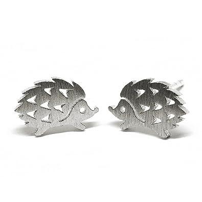 b0c9ad603 Amazon.com: Pippoko Jewelry 925 silver Tiny Hedgehog Stud Earrings: Jewelry
