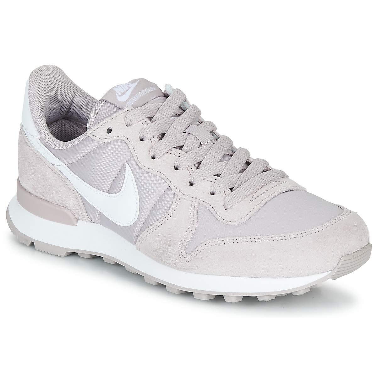 MultiCouleure (Violet Ash blanc 000) 37.5 EU Nike WMNS Internationalist, Chaussures d'Athlétisme Femme