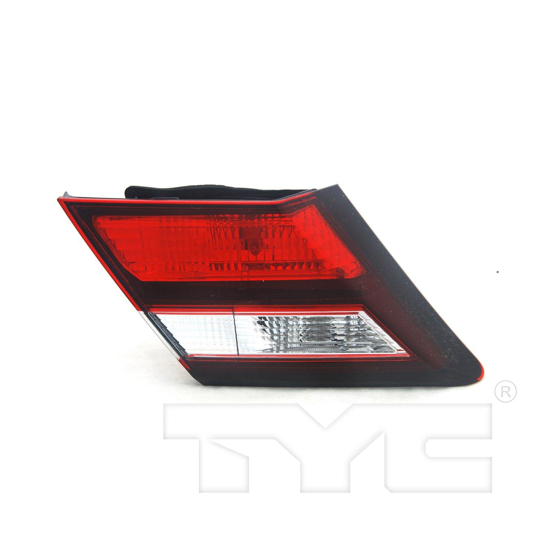 TYC 17-5410-00 Honda Civic Replacement Reflex Reflector