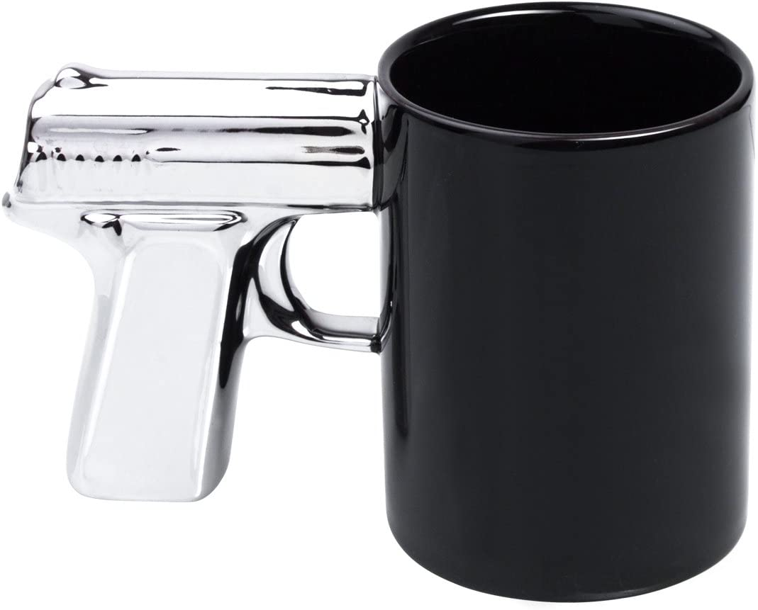 Keramik Tasse mit Pistolen Henkel 1
