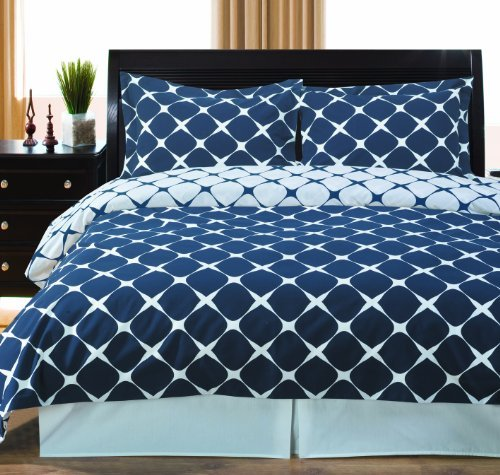 Navy and White Bloomingdale 8-piece Queen Bed-in-a-Bag 100 % Cotton 300 Thread Count by Royal Hotel