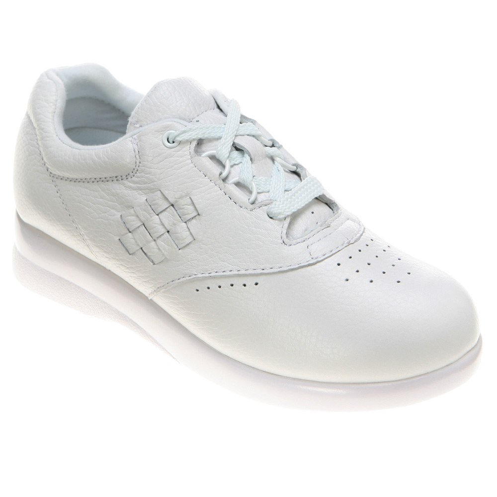 P.W. Minor Women's Leisure White Tumbled 8 M by P.W. Minor (Image #1)