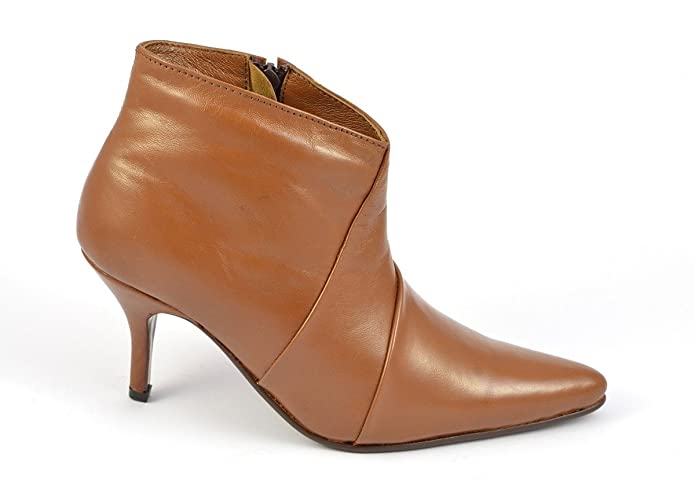 1bb3d03a79c7 Womens Tan Pointed Toe Ankle High Boots Style 6004 - UK 8   US 10   EU 41   Amazon.co.uk  Shoes   Bags