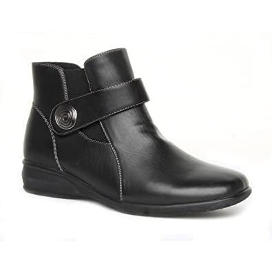 faa2d131288f Ladies Caravelle Wide Fit Rita Black Ankle Boots Size 5  Amazon.co ...