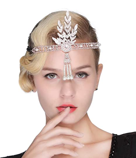 a4e1cdc5b1a4a Amazon.com  FAIRY COUPLE Art Deco 1920s Flapper Great Gatsby Leaf Bridal  Tiara Pearl Headpiece Headband Rose Gold  Clothing