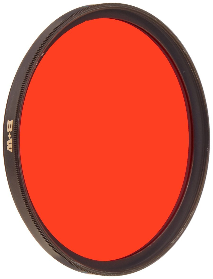 B + W 67mm #090 Glass Filter - Light Red #24