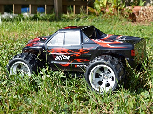 Remote Control Car, Distianert 1/18 Scale 4WD RC Car Electric Racing Car Off Road RC Monster Truck RTR Desert Buggy Vehicle 2.4Ghz 30MPH High Speed with 2 Rechargeable Batteries by Distianert (Image #3)