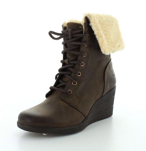 7db87646147 UGG Australia Women s Zea Boots Stout 7 B(M) US: Buy Online at Low ...