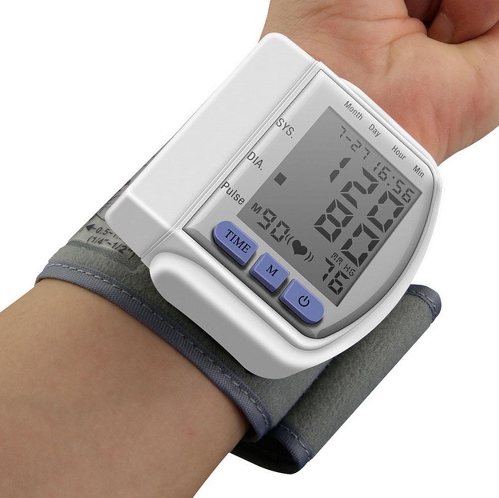 D&F TensióMetro De Brazo, CE Certified LCD Digital PortáTil Totalmente Medir La PresióN Arterial Y El Ritmo CardíAco, Blanco: Amazon.es: Deportes y aire ...