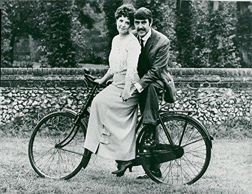 Harvest photo of Pauline Collins with her husband John Alderton