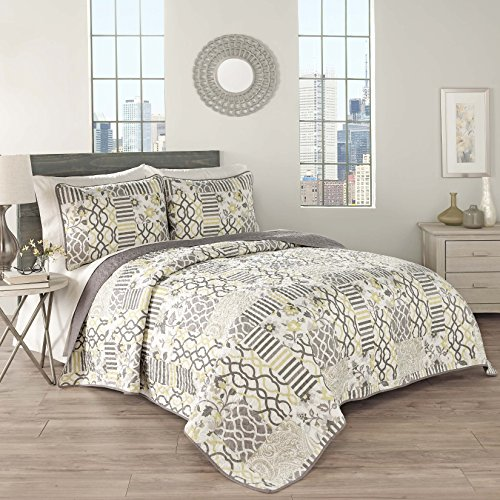 Traditions by Waverly 15304BEDDQUESLG Set in Spring 90-Inch by 90-Inch 3-Piece Queen Quilt Collection, Sterling