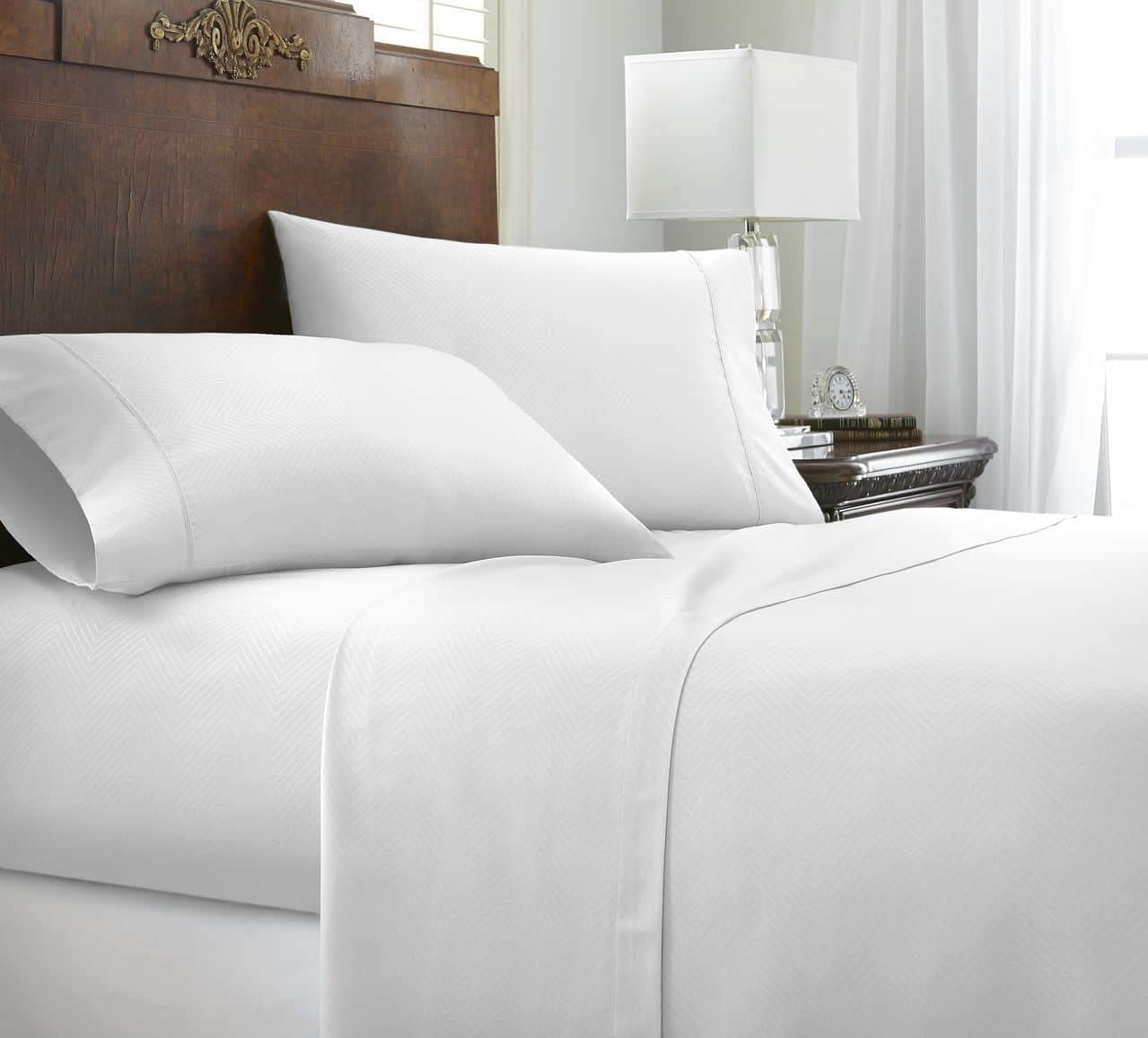 ienjoy Home 4 Piece Home Collection Premium Embossed Chevron Design Bed Sheet Set, King, White