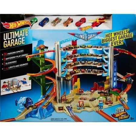 Mattel 2 Elevators with Ramps and a Classic City Scene | Hot Wheels Ultimate Garage - 36 Spots to Park