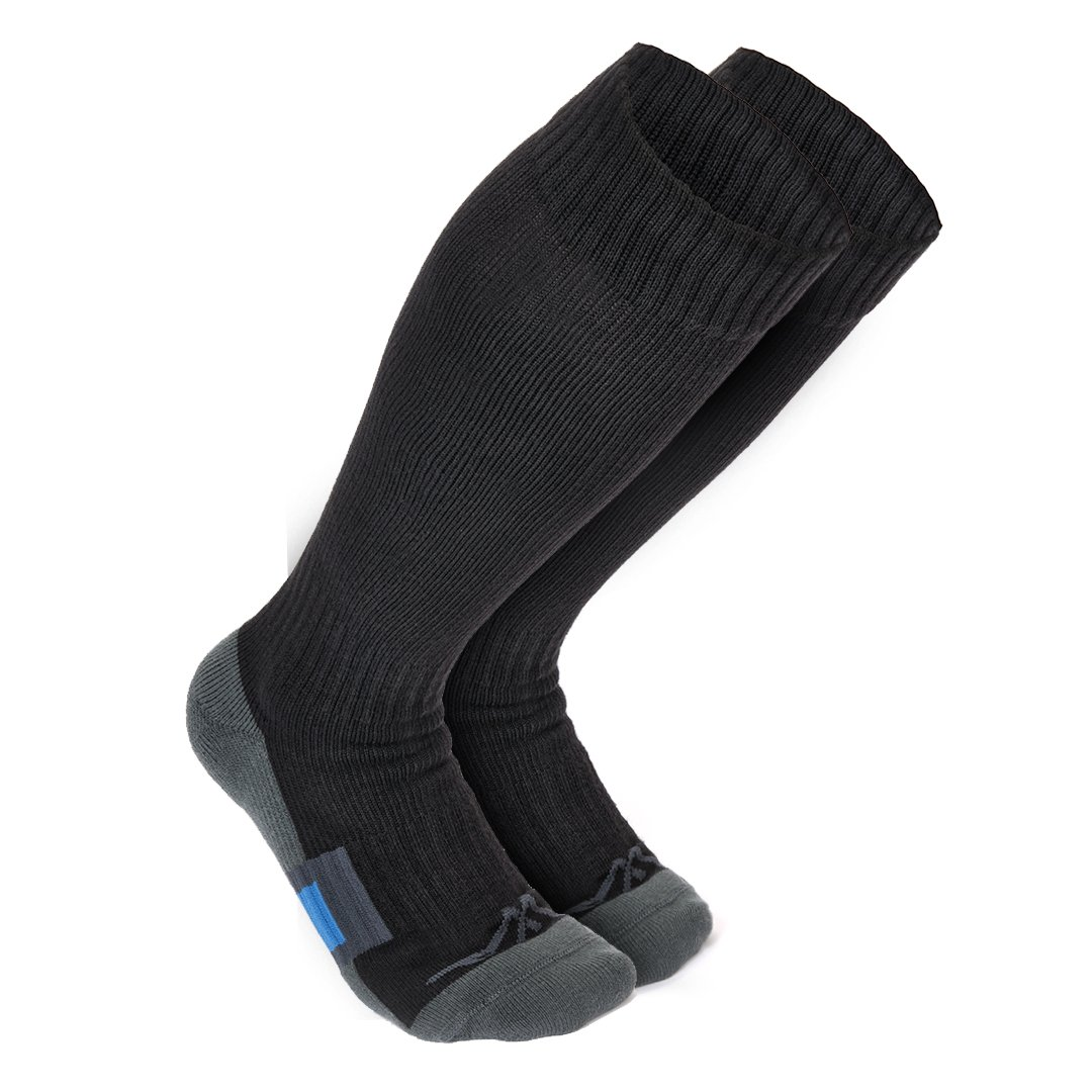 The Travel Compression Socks travel product recommended by Alissa on Lifney.