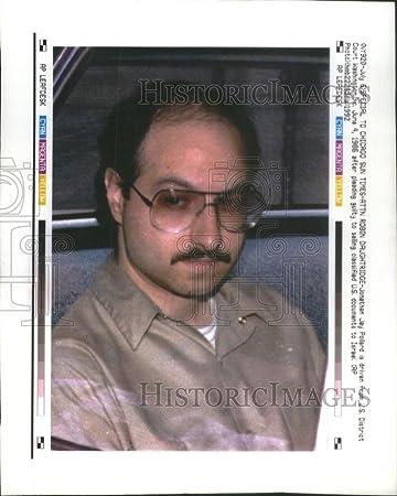 Amazon|1992押し写真ジョナサン...