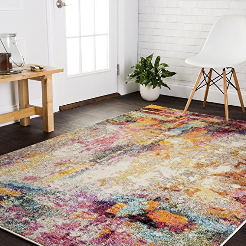 Loloi II Nadia Collection Vintage Distressed Abstract Area Rug 4'-0' x 5'-7' Multi
