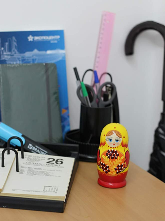 Gelb Azhna 5 St/ück 10,5 cm Nistpuppe Seasons Serie Handbemalt Russische Matroschka Puppe Holz Stapelbare Babuschka Puppe