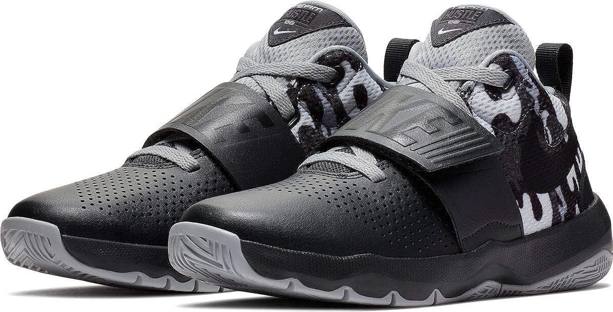 best loved 2bf20 dc17c Amazon.com   Nike Kids  Team Hustle D 8 (Gs) Basketball Shoe   Basketball