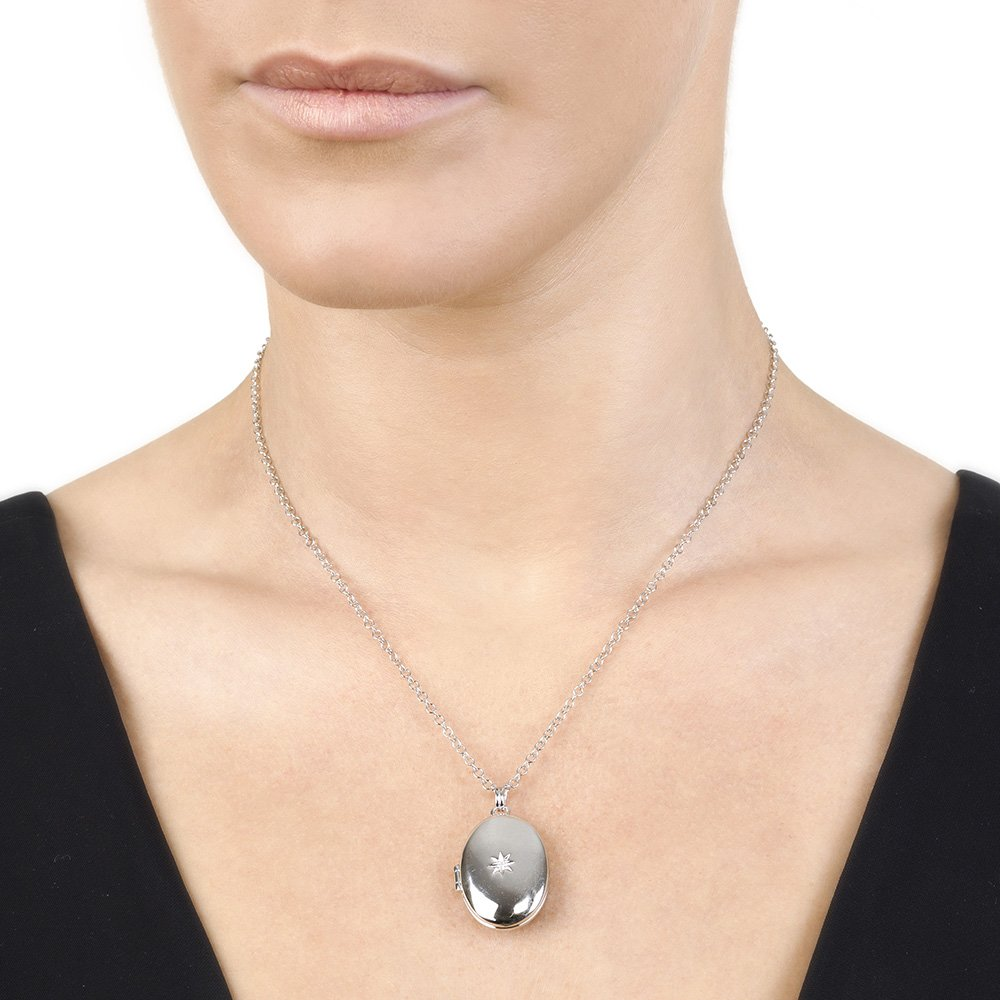 Hot Diamonds Silver and Diamond Inheritance Locket Pendant of 41 cm 5 cm Extender