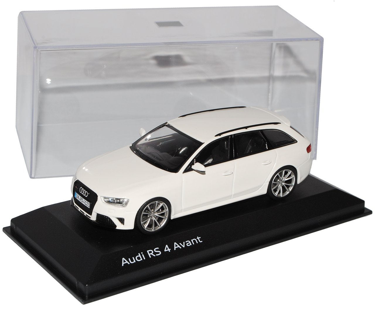 Minichamps Audi A4 RS4 B8 Avant Ibis Weiss Ab 2012 1/43 Modell Auto mit individiuellem Wunschkennzeichen