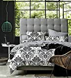 Hautewagon Cotton Bedsheet With 2 Pillowcover And Poly Filled Ac Comforter Set King Black
