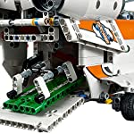 LEGO-Technic-42052-Heavy-Lift-Helicopter-by-LEGO