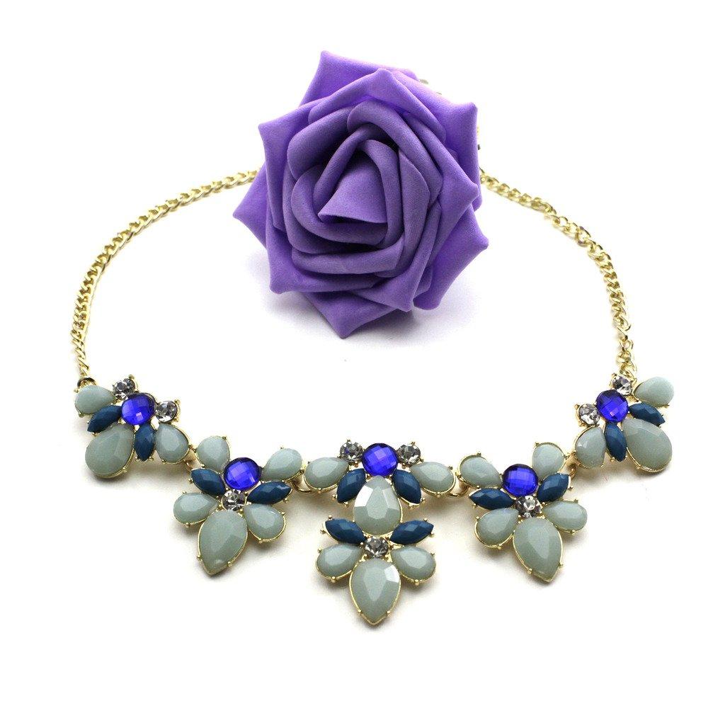Elegant Flower Pendant Necklac...