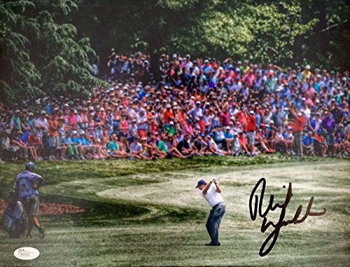 Signed Phil Mickelson Photo - 2015 Wells Fargo 7th Hole 11x14 P55591 - JSA Certified - Autographed Golf Photos
