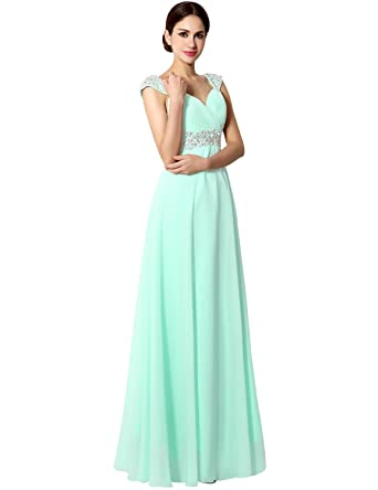 0823e101892 Amazon.com  Sarahbridal Junior Chiffon Bridesmaid Gown Beaded Formal Prom  Ball Dresses Long Mint US6  Clothing