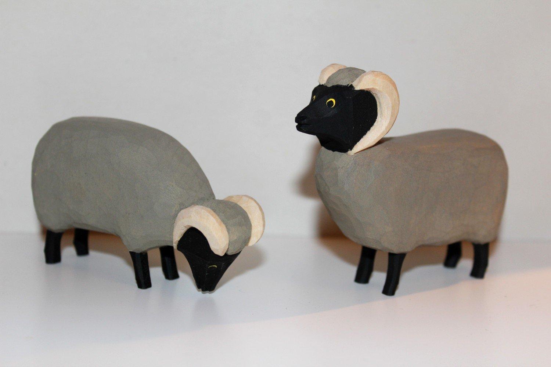 Lotte Sievers-Hahn Krippenfiguren  SET Schnucken Paar im Baumwollbeutel