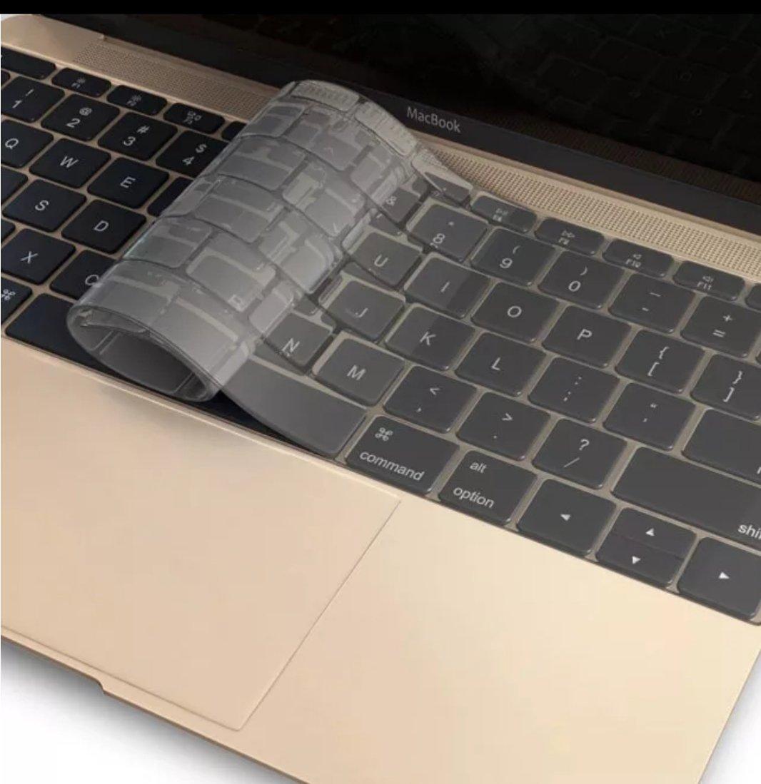 SiMuerdes Transparent Keyboard Cover Soft TPU Skin for MacBook Pro 13