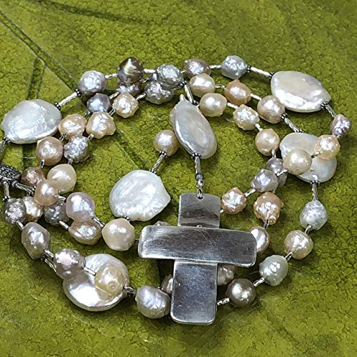 (JANECKA Rosary Beads/Freshwater Cultured Pearls/Hand Forged Silver Cross)