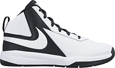 d752a9df869 Nike Boys  Team Hustle D7 Gs Basketball Shoes Black  Amazon.co.uk ...