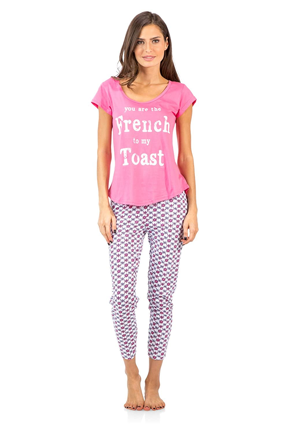 Casual Nights Women's Short Sleeve Printed Capri Pajama Set Printed Capri Pj' s