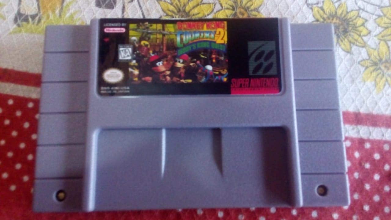Amazon.com: Donkey Kong Country 2: Diddys Kong Quest: Super ...