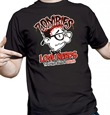 43f6118d9 NEW COOL ZOMBIES LOVE NERDS MENS FUNNY ZOMBIE T SHIRT ALL SIZES:  Amazon.co.uk: Clothing