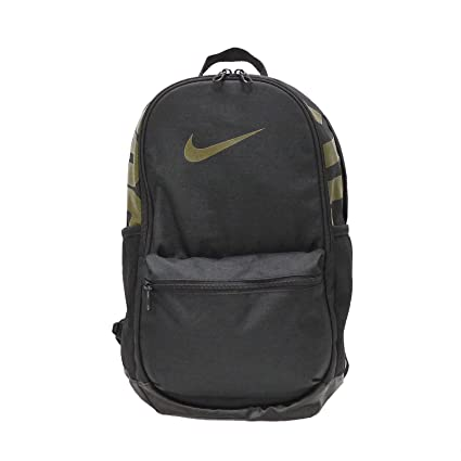 5841cb3ab4a8 Amazon.com  NIKE Brasilia Backpack  Sports   Outdoors