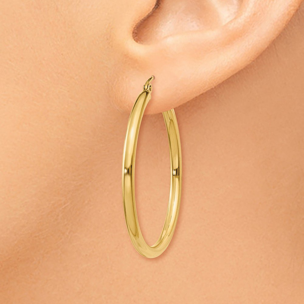 14kt Yellow Gold Polished 2.5mm Lightweight Round Hoop Earrings