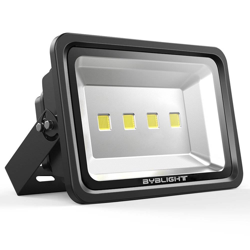 BYB 200 Watt Super Bright Outdoor LED Flood Light, 500W HPS Bulb Equivalent, Waterproof, 18100lm, Daylight White, 6000K, Tempered Glass, Security Lights, Floodlight