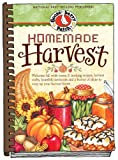 Homemade Harvest: Welcome fall with warm & inviting recipes, harvest crafts, heartfelt memories and a bushel of ideas to cozy up your harvest home. (Seasonal Cookbook Collection)